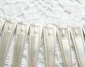 8 Silver Century Butter Knives 1923 //