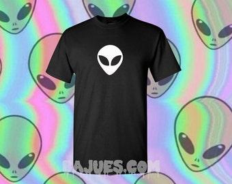 Cool Black Alien Head HOLOGRAM or White Print T-Shirt All Sizes
