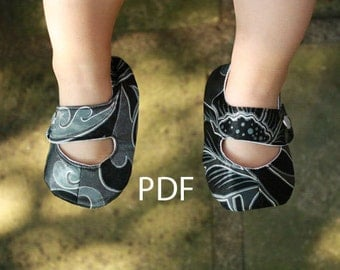 Infant Mary Janes: PDF Sewing Pattern