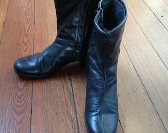 60s Vintage Mod Ankle Boots Faux Fur lining 7.5