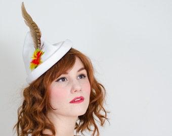 1940s vintage hat / tilt hat / Valerie Modes