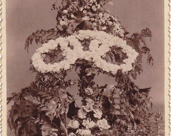 Odd Fellows Memorial- 1800s Antique Photograph- Galion, Ohio- Funeral Flowers- IOOF- Triple Link Symbol- Cabinet Photo- Paper Ephemera