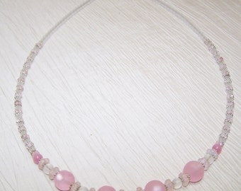 Pink and white frosted glass necklace set