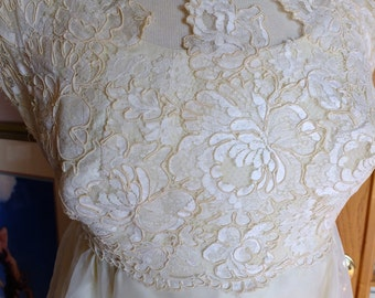 Vintage wedding dress lace empire bodice hippie chic dress
