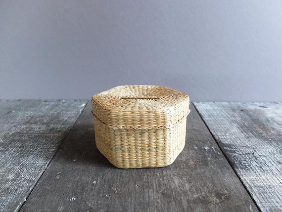 vintage woven basket with lid storage basket small by refugium. Black Bedroom Furniture Sets. Home Design Ideas