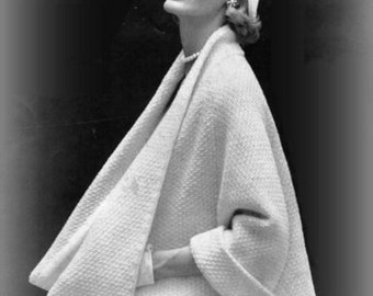 Knitting Cape Coat Vintage PDF Pattern Is not a finished product. It is a PDF Pattern with the instructions to do it yourself.