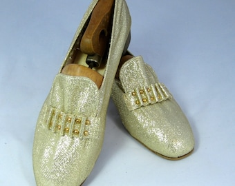 60s Shoes Gold Lame Shoes Gold Beaded Slippers Gold Flats 1960s Gold Dance Shoes Gold Slippers Low Heeled Gold Slippers Gold House Shoes