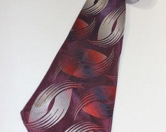 vintage 30's - 40's -Towncraft Deluxe Cravat- Men's neck tie. Shiny, Silky, Jacquard woven...Brocade. Plum with fading swoosh