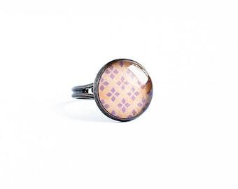 Beige ring adjustable, elegant multisize ring
