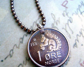Coin Jewelry - Vintage 1971 SQUIRREL COIN from Norway - coin necklace - squirrel necklace - squirrel jewelry - acorn necklace - coin pendant
