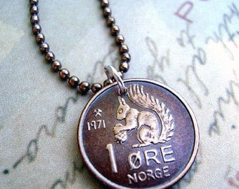 Squirrel Necklace. Vintage 1969 1970 SQUIRREL COIN. Norway coin necklace. squirrel necklace. squirrel jewelry. coin jewelry. coin pendant