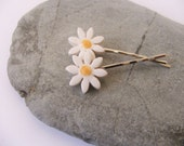 Ceramic Pottery Daisy Flower Hair Clip - Hair Grip - Bobby Pin - Set of Two - White