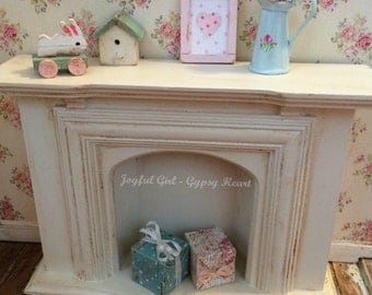 Shabby Vintage Style Wooden 1:12 Dollhouse Fireplace