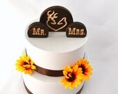 Buck and Doe Cake Topper Set- Western Mr and Mrs Burned Wood Wedding Cake Topper