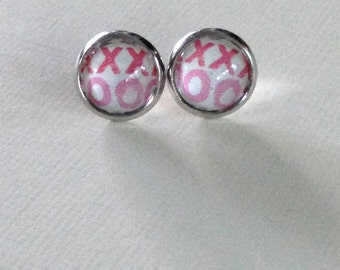 Valentines Stud Earrings, XO,Glass Cabochon,Post,10mm,Glass Dome Earrings
