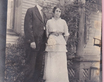 "Ca. 1909 ""Man & Woman"" Victorian Real Photo Postcard - 1590"