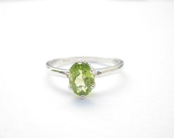 Natural Gem Stone Peridot Oval Faceted 7 x 5mm,  925 Sterling Silver Ring, August Birthstone