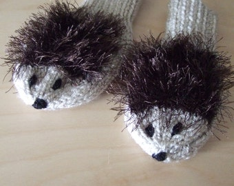 Hand knitted baby hedgehog thumblessmittens gloves .To fit approx. 6-12 months. Spring ,Fall,Winter. Baby shower gift, Holiday gift