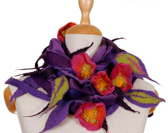 SALE!!!  beautiful felt, wrap felted necklace, elegant handmade collar, violet and meadow flowers, for a gift - by inmano