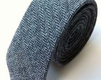 Grey herringbone tweed tie