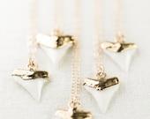 Mano niho kahi necklace - gold shark tooth necklace, white shark tooth, Hawaii jewelry, boho jewelry, gold pendant necklace, boho necklace