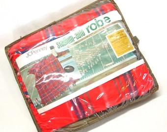 Vintage Red Plaid  Fringed Stadium Throw Picnic Blanket Car Blanket Camper Trailer Decor