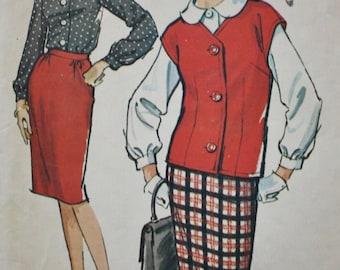 1960s Skirt / Shirt / Sleeveless Jacket / McCall's 7028 / Vintage Sewing Pattern / Bust 33