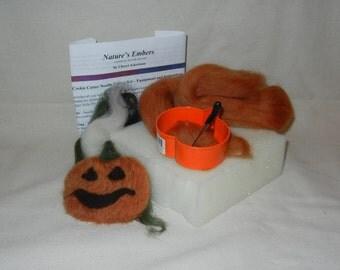 Pumpkin cookie cutter needle felting kit - DIY ormament kit