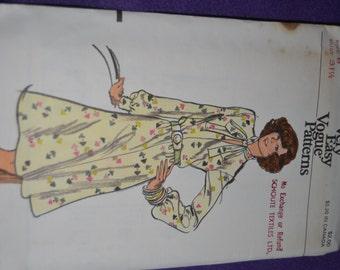 Vintage 70s Vogue 8762 Misses Dress  Sewing Pattern  - UNCUT  Size 12 - UNCUT