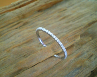 Half eternity ring, microsetting ring, stacking ring