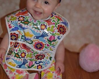 Laminate Pocket Bib with Terry Cloth Backing- Double Action Bib and Wash Cloth- Pretty Floral and Bird Print