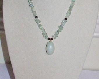 Green Quartz Gemstone Necklace 18 Inches                       - S645