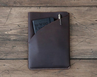 GRAMS28 | One Front Pocket hand stitched Leather iPad Air 2 / iPad Pro 9.7 Carry Sleeve, iPad Air 2 / iPad Pro 9.7 Leather case - Deep Brown