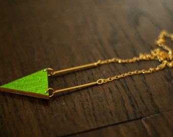 Necklace with triangle and stick - gold/silver or gold/green to turn