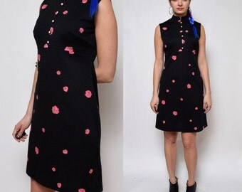Vintage 70's Black Floral Sleeveles Dress