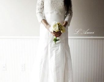Off shoulder Ivory white Lace Wedding Dress , Custom Long Bohemian Wedding Gown