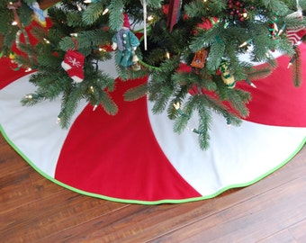 Peppermint Swirl Christmas Tree Skirt