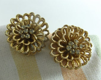 Coro Earrings Flowers with Crystal Centers Clipon w/adjuster
