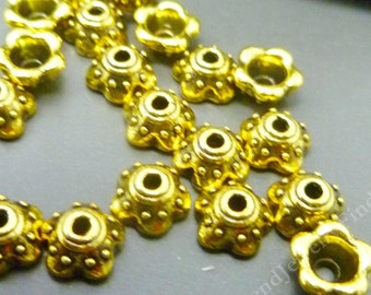 20 Antique Gold Plate Flower Bead Caps - Ornate Gold  Findings - BC033