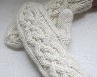 knitt mittens, Knitted milk white mittens, Women gloves, Handmade gloves, winter gloves