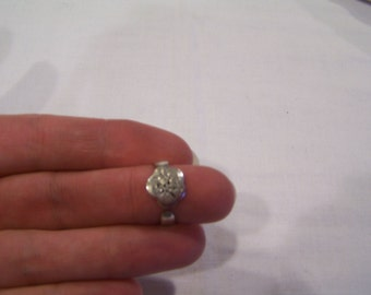 Silver flower ring, sz. 7