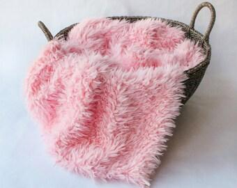 Faux Flokati Fur  Pink, Curly Faux Fur, Newborn Baby Photo Prop, Flokati Look, Faux Sheep Fur, Luxury Photo Prop,