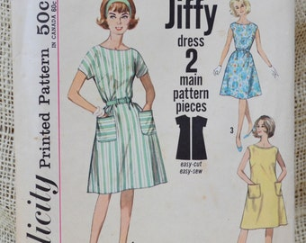 VINTAGE SIMPLICITY PATTERN One-Piece Jiffy Dress. 4977