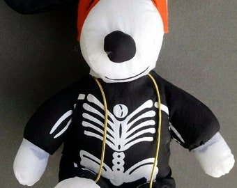 Free Shipping:  Halloween Snoopy  PEANUTS     Snoopy in Skeleton Halloween Costume