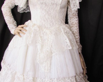 SALE! Vintage White Lace Wedding Gown 1950's with Veil on Faux Pearl & Rhinestone Coronet Bel Tals Chicago