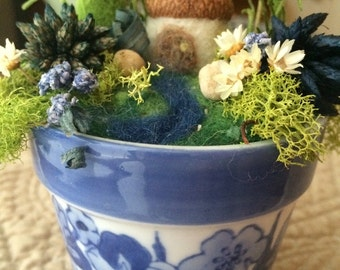 Miniature Fairy Garden in Blue Flower Pot, OOAK Needle Felted and Dried Flowers