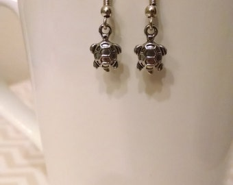 Silver turtle charm drop earring