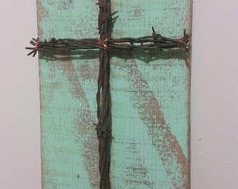 Unique Reclaimed Pallet Sign Barbed Wire Cross Upcycled Recycled Repurposed Barn Wood Shabby Chic Cottage Green GREAT GIFT Idea!