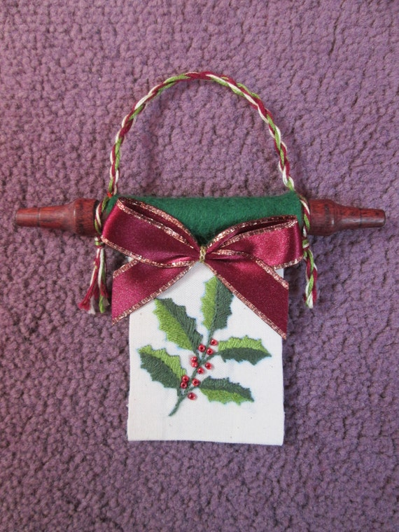Christmas decoration hanging banner. Holly and bow design. Unique item and hand embroidered image with beads for the berries - Free postage