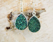 Green Druzy Earrings Silver Earrings Teardrop Earrings Sparkly Earrings Emerald Earrings Dangle Valentine Earring Green Stone Geode Earrings